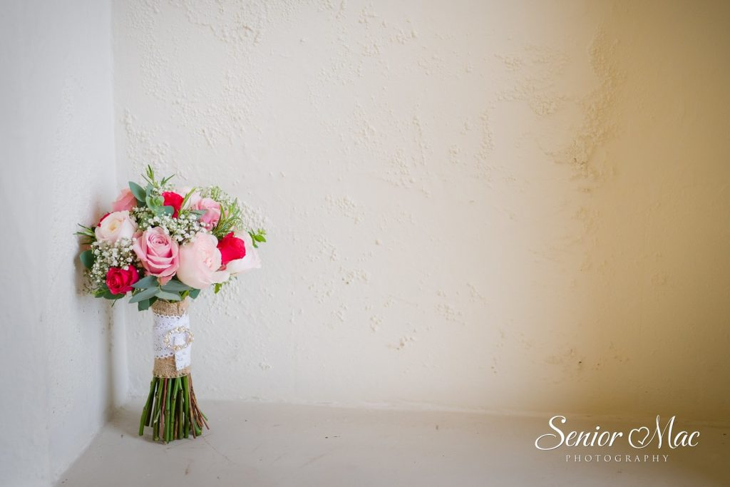 Jen Farnham Castle Wedding Flowers
