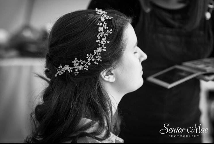 wedding hair and makeup at Highfiled park Reading